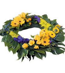 FTD Formal Wreath (dobdeals.com) Tags: flowers wreaths eventsupplies