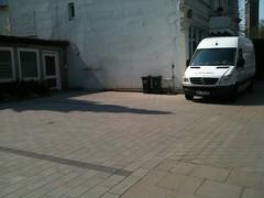 IMG_0704 (photo.graf) Tags: noparking hamburg verkehr radweg parken gehweg halteverbot strafzettel parkverbot verwarnung owi knllchen falschparker verkehrsberwachung verwarngeld stvo verkehrsbehinderung radfahrstreifen schutzstreifen ordnungswidrigkeit eingeschrnkteshalteverbot parkingforbidden strasenverkehr busgeld strasenverkehrsordnung verkehrsverstos parkraumberwachung zeichen283stvo zeichen286stvo mediablog24 rmentschke renementschke dpba photograf360 photograf radweghindernis gehwegblockierer radwegblockierer zweitereiheparker gehweghindernis tbnr102000 tbnr102100 tbnr112402 tbnr141100 zeichen237 parkenaufdembehindertenparkplatz tbnr142278 stvovorschrift absolutesparkundhalteverbot