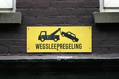 Wegsleepregeling (Florian Hardwig) Tags: amsterdam sign warning noparking towing