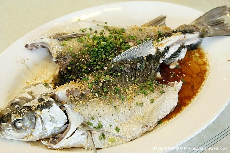 【東莞農家菜】廣東東莞.在水一方南部餐廳:「清蒸松湖大鯇魚」