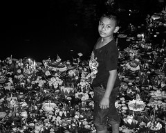 Loi Krathong - Bangkok (Nathan A Rodgers) Tags: travel blackandwhite bw holiday children thailand asia southeastasia child bangkok streetphotography countries streetscenes 2012 lumpinipark loikrathong travelphotography