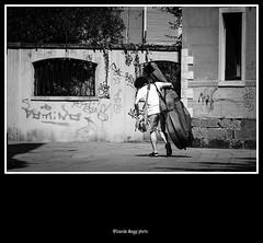 heavy music (magicoda) Tags: street venice light boy people blackandwhite bw italy musician music sun graffiti nikon italia foto candid curioso bn persone voyeur solo musica contrabass effort curious fotografia dslr graffit venezia fatigue luce biancoenero musicista fatica veneto d300 contrabbasso 2013 blackwhitephotos streetphotografy magicoda davidemaggi maggidavide