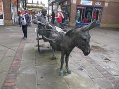 Pirie's Donkey (Worthing Wanderer) Tags: november autumn sussex westsussex mascot trail giraffe horsham rotary stickyourneckout
