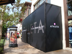 Retail, Athleta at the Grove, Vinyl Barricade with Wood Trim