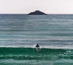 Leaving home (Ian@NZFlickr) Tags: white st island surfer farewell nz otago dunedin clair