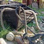 Ruderboot im Vorgarten thumbnail