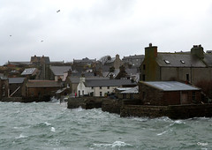Waves Having Another Go At Those Piers (orquil) Tags: uk houses winter islands scotland seaside orkney waves waterfront harbour piers stormy gale spray coastline february southend stromness alfredstreet whitehorses
