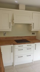 Winsor ivory with oak worktop and upstand