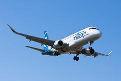 Alaska Airlines (SkyWest Airlines) Embraer ERJ-175 N182SY (jbp274) Tags: bur kbur bobhopeairport airport airplanes alaskaairlines skywest oo embraer e175 erj175