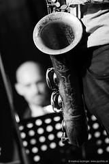 sax (jazzfoto.at) Tags: wwwjazzfotoat wwwjazzitat jazzitsalzburg jazzitmusikclubsalzburg jazzitmusikclub jazzfoto jazzfotos jazzphoto jazzphotos markuslackinger jazzinsalzburg jazzclubsalzburg jazzkellersalzburg jazzclub jazzkeller jazzit2017 jazz jazzsalzburg jazzlive livejazz konzertfoto konzertfotos concertphoto concertphotos liveinconcert stagephoto greatjazzvenue greatjazzvenue2017 downbeatgreatjazzvenue salzburg salisburgo salzbourg salzburgo austria autriche sony sonyalpha sonyalpha77ii alpha77ii blitzlos ohneblitz noflash withoutflash sw schwarzweiss blackandwhite blackwhite noirblanc bianconero biancoenero blancoynegro