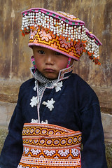 I don't like the photo session ... (Rita Willaert) Tags: china tribal guizhou miao minority etnic anshun longhornmiao southwestchina minderheden villagelongga
