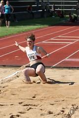 PSV 2013  20738 (Ha-Dee) Tags: girls boys canon münchen athletics sprint 70200 mädchen psv jungen leichtathletik hochsprung 2013 kugelstossen weitsprung staffel pfingstmeeting
