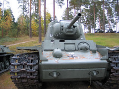 "KV-1 obr 1942 (2) • <a style=""font-size:0.8em;"" href=""http://www.flickr.com/photos/81723459@N04/9248086743/"" target=""_blank"">View on Flickr</a>"