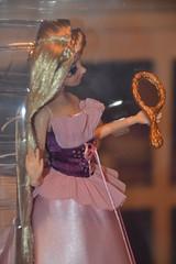 Raiponce Designer Doll 5791 / 6000 (Girly Toys) Tags: raiponce rapunzel disney pascal maximus flynn rider eugène fitzherbert mère gothel mother collection bag designer doll 5791 6000 princess princesse missliliedolly miss lilie dolly aurelmistinguette girly toys collectible girlytoys