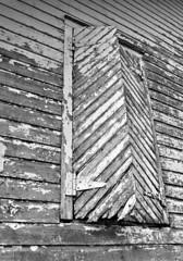 Barn Shutters (drei88) Tags: ohio abandoned barn neglect rural condemned decay historic abandonment hiram mantua deterioration portagecounty garrettsville hiramtownship