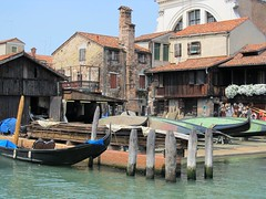 cantieri ..per gondole! (g.fulvia) Tags: boats gondole cantiere camposantrovaso