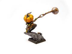 gobbo_008 (themasterofstyx) Tags: night pumpkin wagon pump goblin fanatic squig