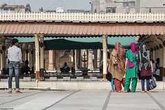 IMG_5157-1ri (kleiner nacktmull) Tags: camera city india color colour architecture canon lens eos photo colorful asia asien flickr foto mosque stadt architektur colourful dslr stephan indien farbig bunt kamera gujarat ahmedabad jamamasjid 2014 objektiv moschee  nacktmull 24105mm kolle apsc 60d  kleinernacktmull stephankolle