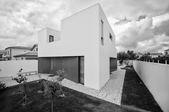 House in Azeitão, Portugal (António Alfarroba) Tags: house arquitetura architecture project casa arquitectura architect projeto projecto arquiteto arquitecto antónioalfarroba