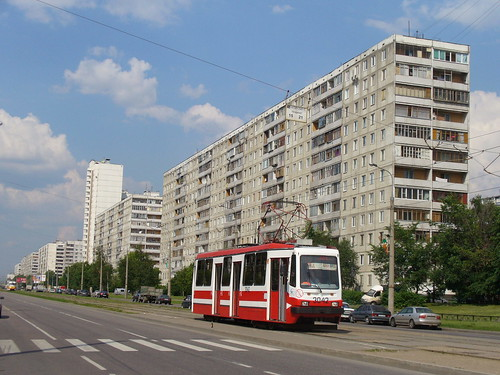 Moscow tram LM-99AE 3042