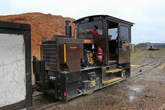 Industrial narrow gauge - 2017 style (BogRailwayMan) Tags: narrowgauge narrowgaugerailway bordnamona bordnamonarailways industrialrailway railway offaly locomotive narrowgaugelocomotive