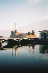 Battersea Power Station from Chelsea Bridge (Steeeve Messer) Tags: blue winter color colour reflection london film water station thames analog 35mm river evening power steve messer analogue press battersea yashica steamy t4 steeeve renegatus brokebroadbeat