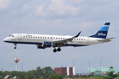 N267JB (PHLAIRLINE.COM) Tags: flight airline planes jetblue philly airlines phl spotting embraer bizjet generalaviation spotter philadelphiainternationalairport bluesmobile kphl n267jb erj190100igw