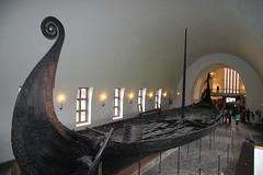 Norvège, Oslo. Musée des navires vikings (moscouvite) Tags: voyage oslo musée bateau norvège sonydslra450 heleneantonuk
