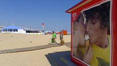 Cornetto Kiss (Pauls Pixels) Tags: lx5 montegordo 2013 algarve portugal signs banners adverts red flickr 1000 allcontent