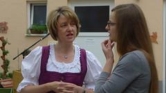 Ilse Aigner in Hambach (CSU Schweinfurt) Tags: familie landwirtschaft land bauernhof ilse anja csu heck schweinfurt hambach aigner weisgerber