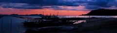 thong krut at dusk (mamuangsuk) Tags: southwest southeastasia fishingboats fishingtrips biggamefishing kohtaen mamuangsuk samuisunset fujixe1 kohmatsum baanthongkrut thongkrutatdusk samuifishermenvillage fujinonebcxf greatsunrisesandsunsets
