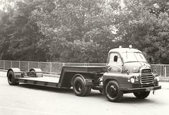 E.F.Smith Bedford (Bournemouth 71B / 70F) Tags: truck cab transport lorry vehicle trailer load carry articulated unit ridgid