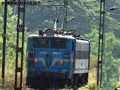 "first WAG7 . 27001 GMO WAG7 named ""Shantidan""at vangaon station standing alone with red light on (akshaypatil™ ® photography) Tags:"