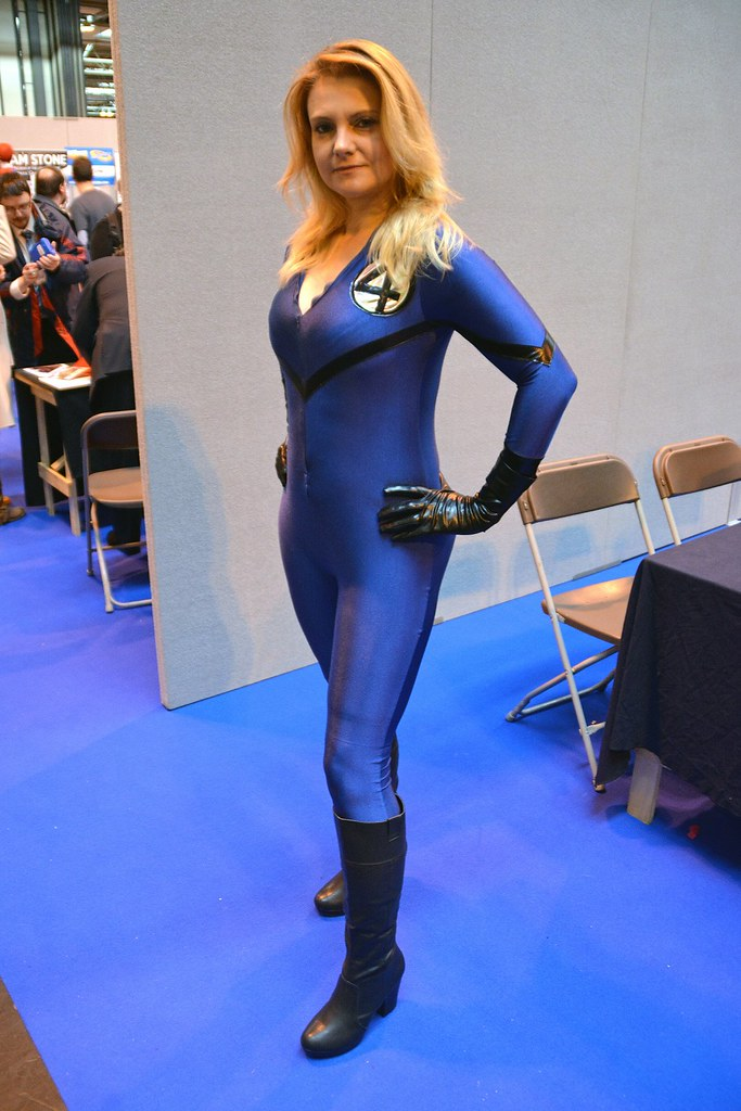 Invisible Woman Cosplay The World's newest pho...