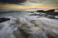 Lever de soleil sur la pointe de la Gournaise #6 ~ le d'Yeu [ Vende ~ France ] EXPLORED ! (emvri85) Tags: seascape zeiss sunrise rocks waves rochers le vende yeu ctenord iledyeu dyeu leefilters d800e lagournaise