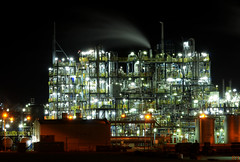 Dutch Industry At Night (Roberto Braam) Tags: park building indust