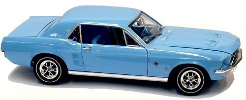 Greenlight Ford Mustang 1967 (1)