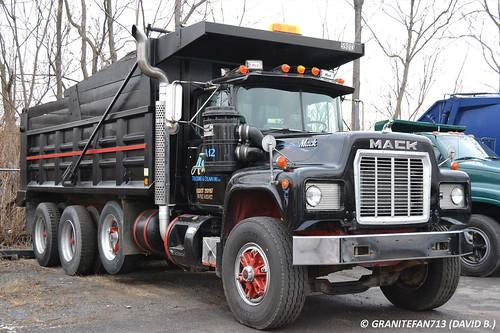 Mack R 600 Tri Axle Dump Truck