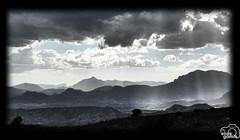 Paisaje (Elas Gomis) Tags: bw sun white mountain black blanco sol landscape negro paisaje alicante montaa rayos nuves cabeo busot vlouds eliasgomis