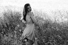 DSC_0883 (Solne Tarrieu) Tags: people love fleurs nikon heart robe blueeyes femme champs bordeaux amour surprise belle lovely campagne bonheur perfection mots peau hairs perdue douceur peur perfectly oublie motions parfaite gravs percutant sentim d3100 nikond3100 solnetarrieu