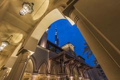 The Palace Downtown Dubai with all its splendor (arielcaguin) Tags: dubai thepalacedowntowndubai dubaihotel arabiclamp arabic architectural architecture arabiclantern arc arabian burjkhalifa burj burjdubai
