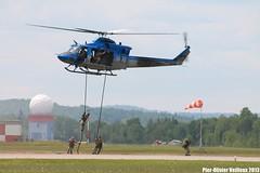 Dmonstration des Forces Sciales Canadiennes avec le CH-146 Griffon (P-O Veilleux) Tags: airshow spectacle bagotville ybg cybg saib13 saibagotville