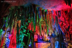 130405a634 (allalright999) Tags: china light canon lampe guilin yangshuo stalagmite stalactite hhle  guangxi tropfsteinhhle     tropfstein g1x