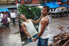 Mirror - Mumbai, India (Maciej Dakowicz) Tags: street portrait india mirror bombay mumbai kamathipura