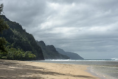 Hanalei - January 2013 (BroodingSkies.Alt) Tags: ocean beach landscape hawaii kauai 28300mm hanalei d800 keebeach
