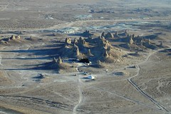 ApesTP02c (jdl2000) Tags: california planetoftheapes spaceship pinnacles trona tronapinnacles