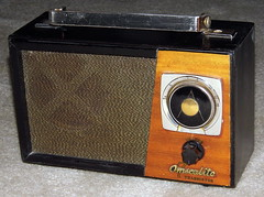 vintagetransistorradio vintageomscolitetransistorradio vintagetransistoramtableradio