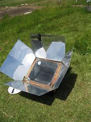 Solar  oven_4630889622_l