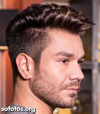 corte masculino undercut com barba por fazer