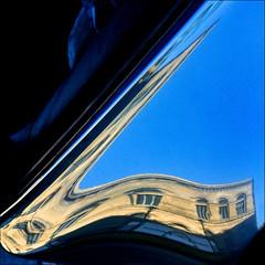 Hannover (me*voilà) Tags: windows reflection car hannover diagonal operahouse onblue